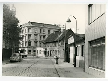 Altona_Blick_in_die_Kleine_Rainstr-re._Abbestr._1960.jpg
